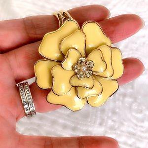 Camellia Gold Cuff